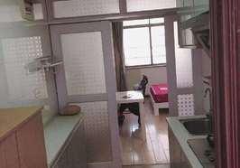 世纪豪庭单身公寓出售,售价17万.