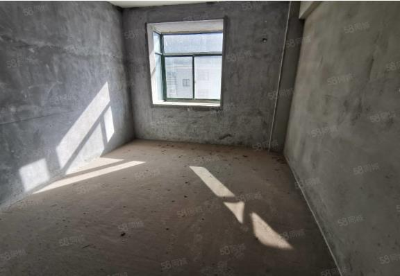 采光 ,送大阳台,业主急售,户型方正,好不好自己可以看