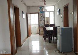 一小一中附近2室2厅,现一口价20万包过户,看房热线15272658720