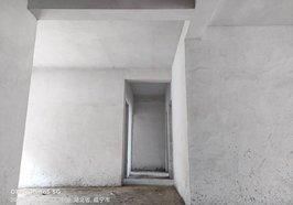 金江锦秀家园二中对面毛坯房证件齐全37万,3室两厅,看中可细详,看房热线15272658720