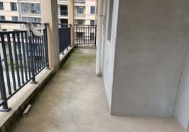 同城上都小高层 120平米 三室两厅 证件齐全 看房有钥匙 售60万