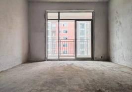 萬泰華府126平大三房,洋房中層,單價只要4300每平