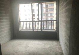 鹏城新都汇 三室两厅两卫 阳光充足 毛坯房 仅售53万