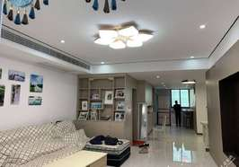 木田畈学区房三室两厅全新精装修出售,证件齐全随时过户,售价76万.