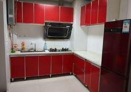 众城国际一室一厅精装修出租,家电齐全,拎包入住,每月租金900元.