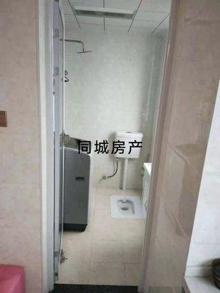 金色水岸单身公寓精装修出售,售价22万.