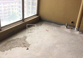 人民广场旁领秀城,133平三室二厅毛坯超值房源,房东67万亏本出售啦